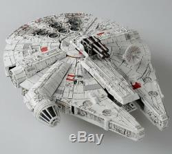 Star Wars Powered by Transformers Han Solo & Chewbacca Millenium Falcon Figure